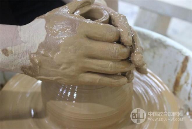水流星陶艺馆加盟