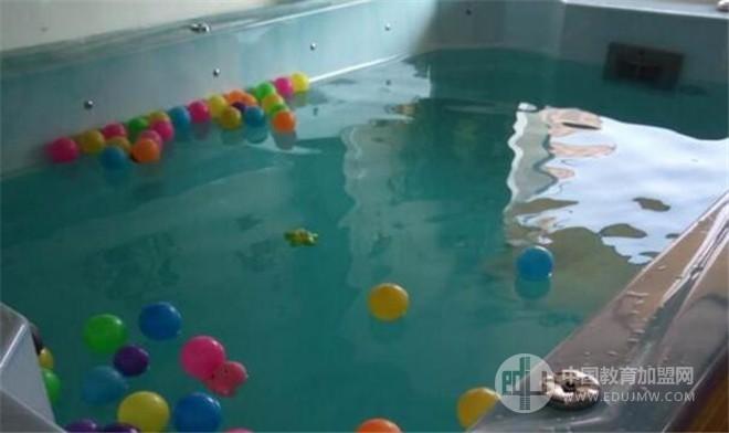 金寶貝嬰兒游泳館