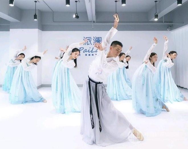派瀾舞蹈加盟