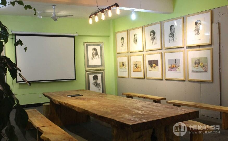 龍華美術培訓加盟